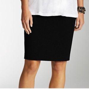 J.Jill Black Ponte Pencil Skirt!